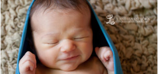Minneapolis St. Paul Minnesota Newborn Photography | Live and Love Studios