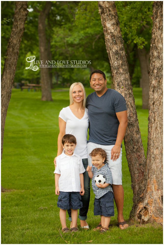 Plymouth MN Family Photographer | Live and Love Studios