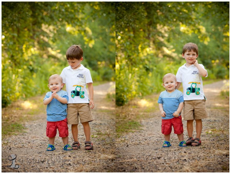 05-minneapolis-st-paul-eagan-minnesota-brothers-family-siblings-photographer