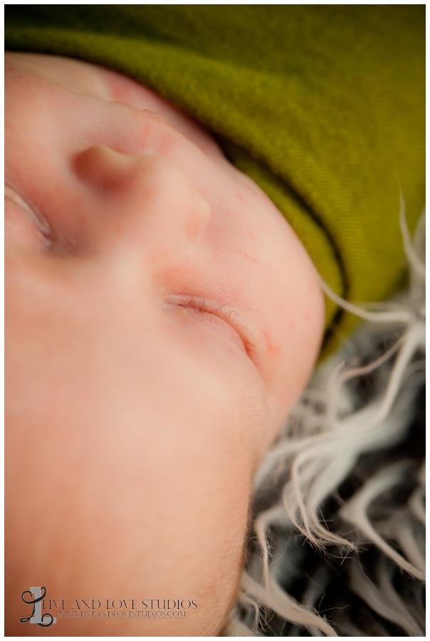 06-minneapolis-st-paul-minnesota-newborn-photography-eyelashes