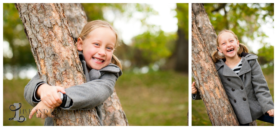 01-French-Park-Minneapolis-MN-Child-Photographer-in-a-tree