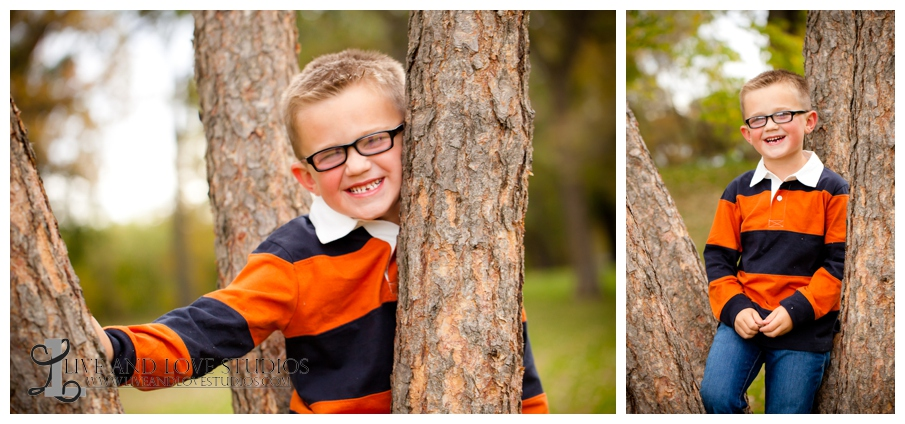 03-French-Park-Minneapolis-MN-Child-Photography-in-a-tree