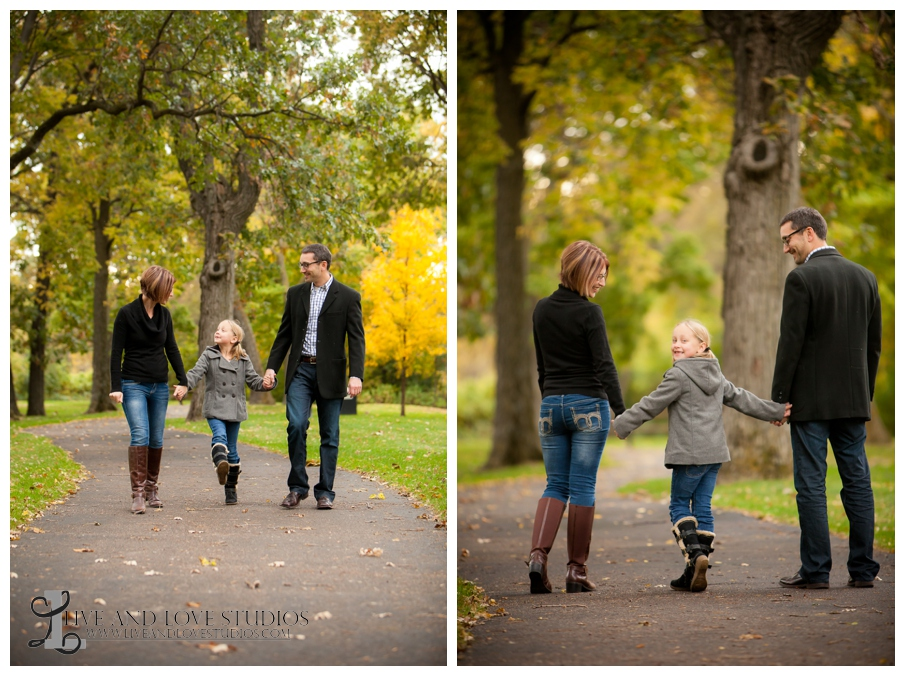 10-French-Park-Minneapolis-MN-Family-Fall-Photography-walking-down-a-path