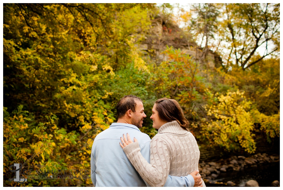 13-minneapolis-st-paul-mn-engagement-and-wedding-photography