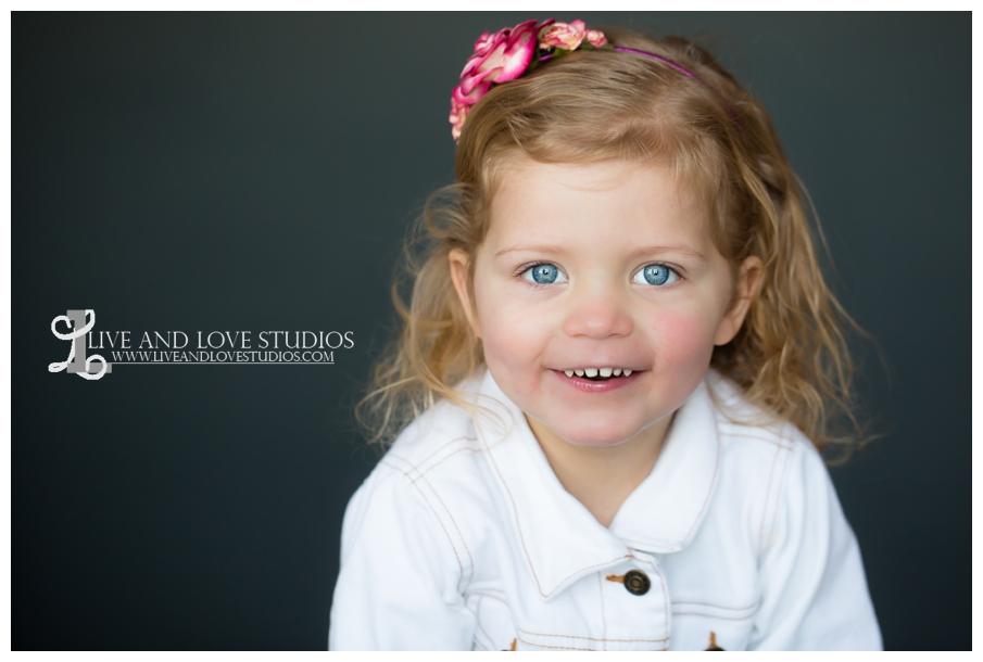 03-minneapolis-st-paul-child-studio-photographer