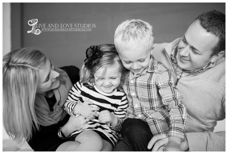 03-minneapolis-st-paul-studio-family-photography