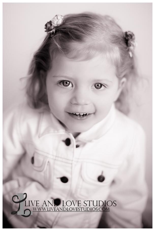 06-minneapolis-st-paul-child-studio-photographer