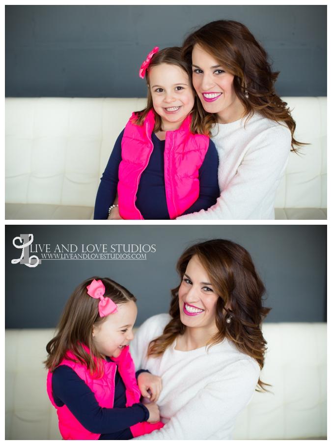 06-minneapolis-st-paul-family-studio-photographer-mom-and-daughter