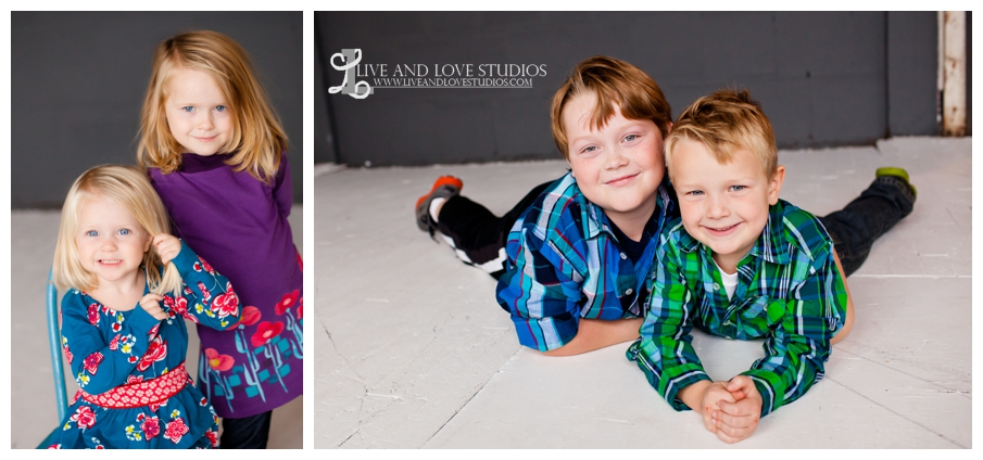 07-minneapolis-st-paul-family-studio-photography-brothers-sisters