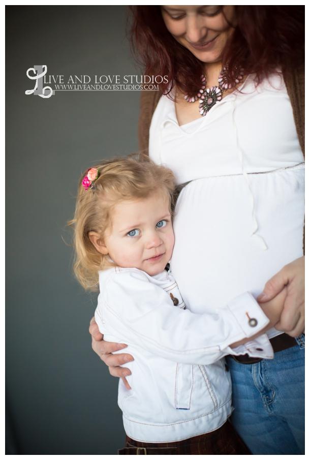 09-minneapolis-st-paul-family-maternity-studio-photographer