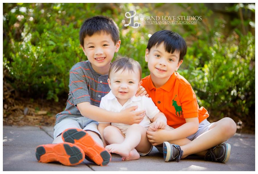 Minneapolis-St-Paul-MN-Natural-Light-Family-Brothers-Photographer_0004.jpg