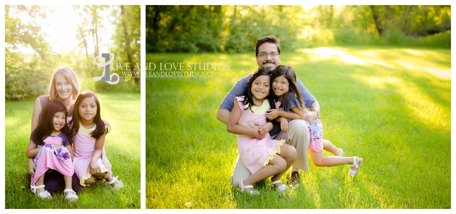 Minneapolis-St-Paul-MN-Natural-Light-Family-Mother-Father-Daughters-Photographer_0003.jpg