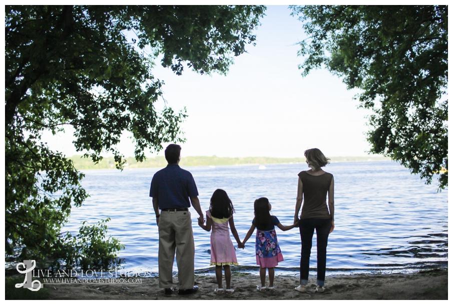 Minneapolis-St-Paul-MN-Natural-Light-Family-Photographer_0004.jpg