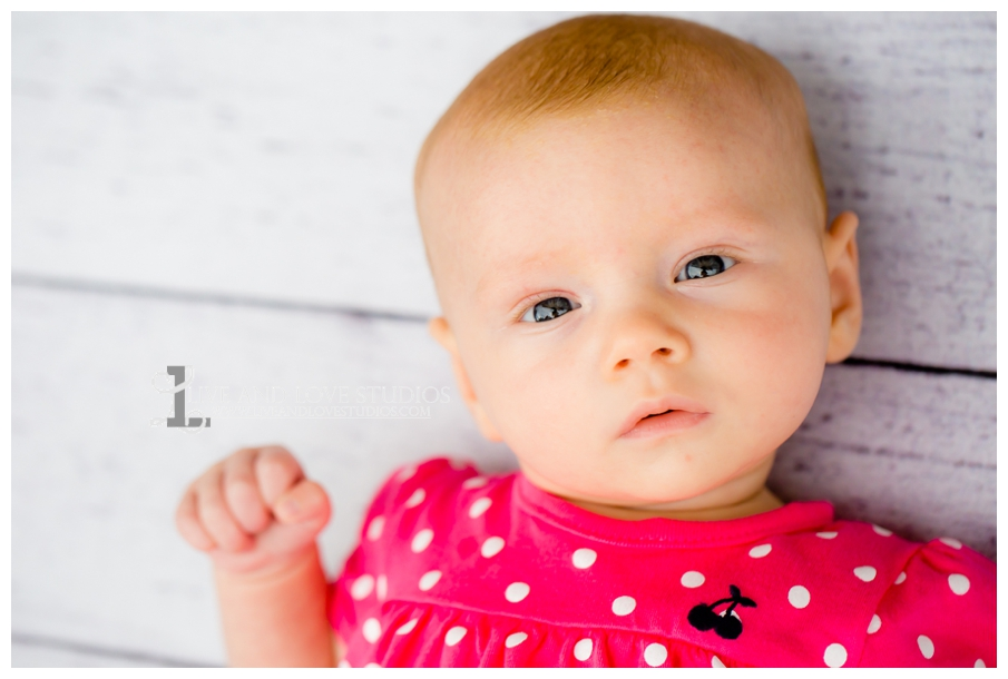 Minneapolis-St-Paul-MN-Natural-Light-Infant-Photographer_0016.jpg