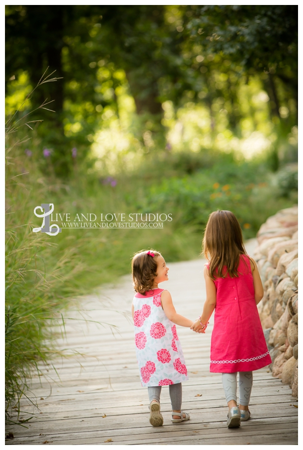 Minneapolis-St-Paul-Hopkins-MN-Child-and-Family-Sisters-Photography_0005.jpg