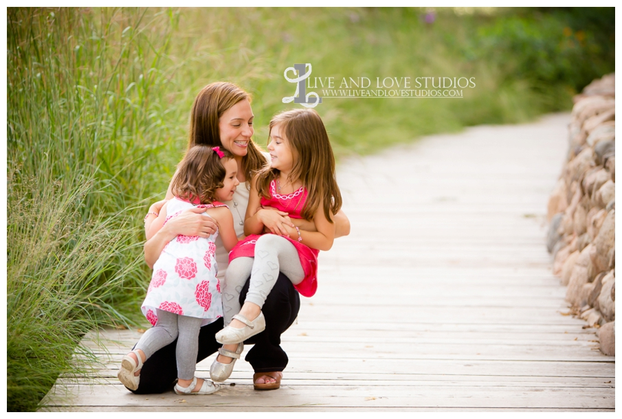 Minneapolis-St-Paul-Hopkins-MN-Child-and-Family-Sisters-Photography_0006.jpg