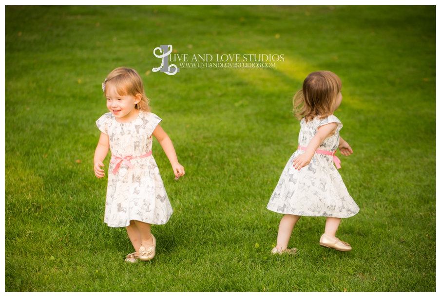 Plymouth-MN-Child-Family-twin-girls-Photography_0005.jpg