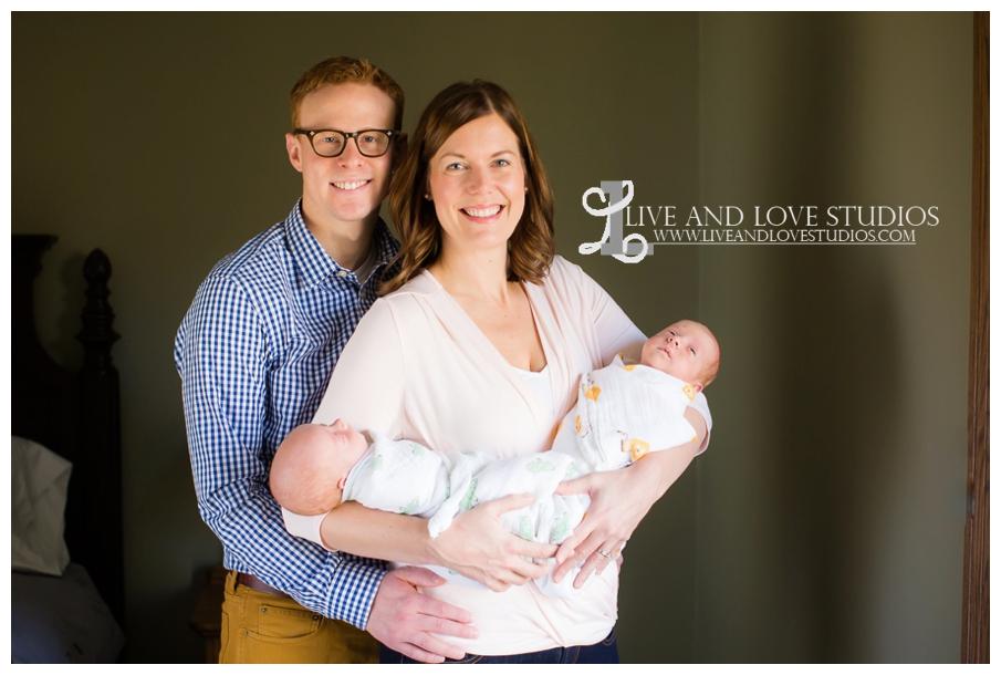 Minneapolis-Eagan-MN-Lifestyle-Newborn-Photography_0001.jpg