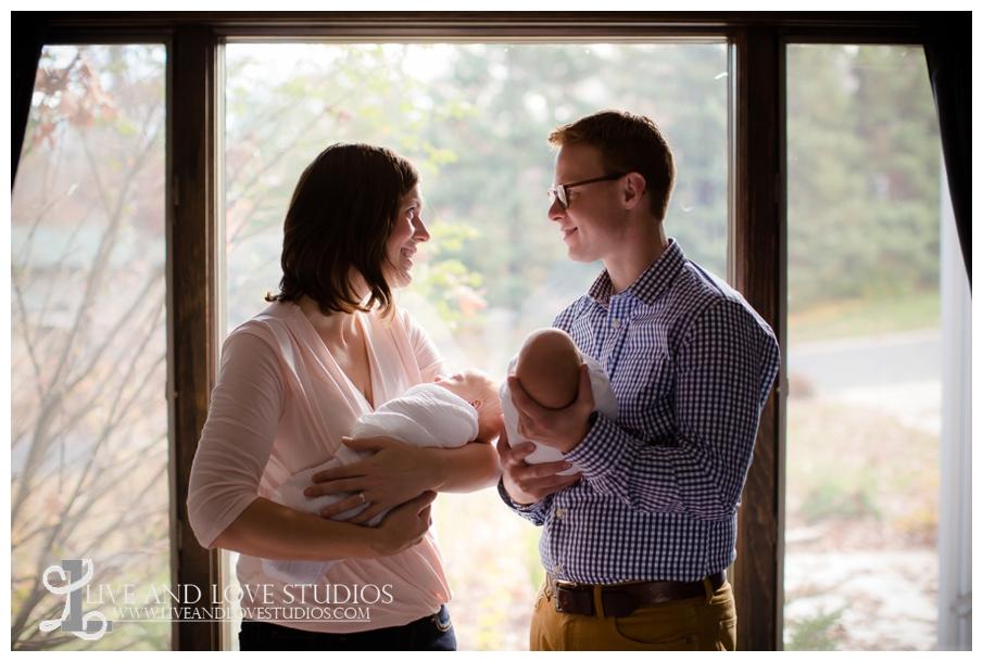 Minneapolis-Eagan-MN-Lifestyle-Newborn-Photography_0012.jpg