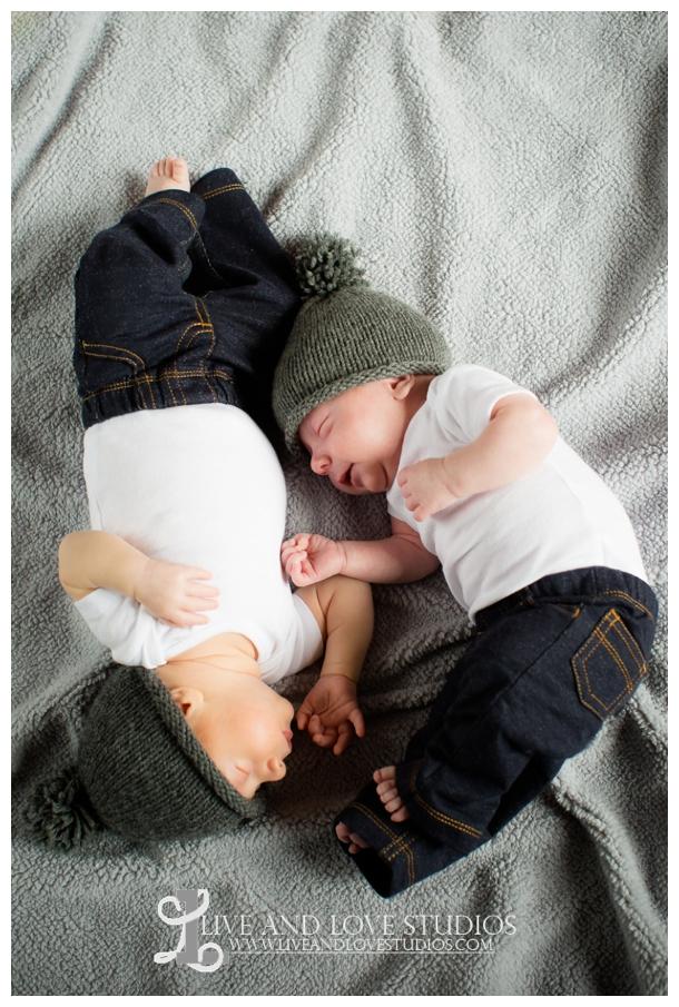 Minneapolis-Eagan-MN-Lifestyle-Newborn-Photography_0014.jpg