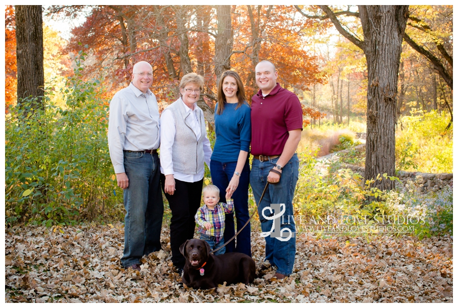 Minneapolis-Hopkins-MN-Family-Child-Photography-fall-colors_0002.jpg