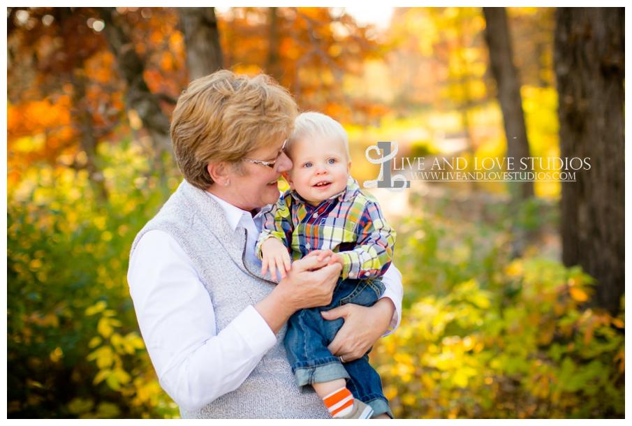 Minneapolis-Hopkins-MN-Family-Child-Photography-fall-colors_0005.jpg
