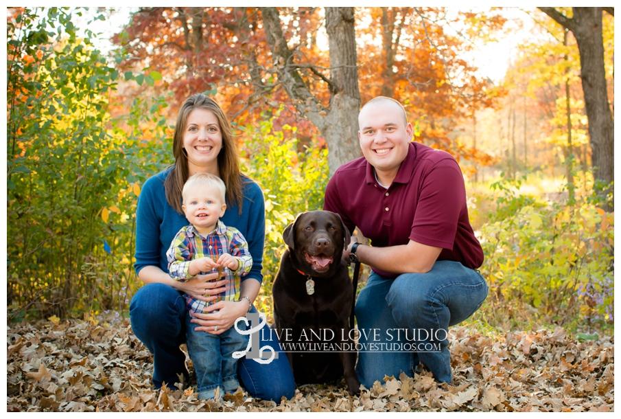 Minneapolis-Hopkins-MN-Family-Child-Photography-fall-colors_0007.jpg