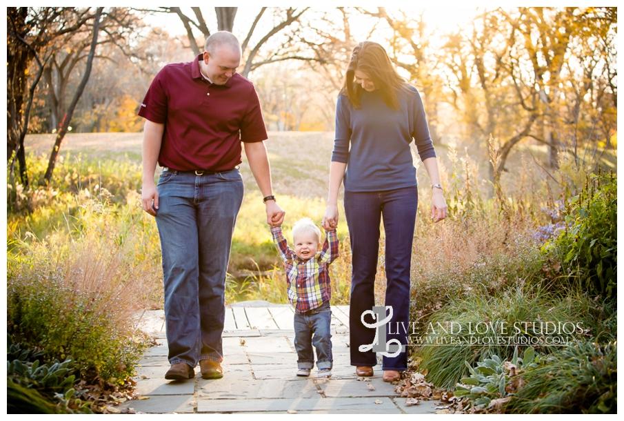 Minneapolis-Hopkins-MN-Family-Child-Photography-fall-colors_0010.jpg