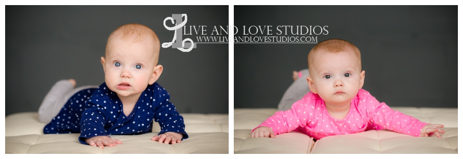 Minneapolis-St-Paul-MN-Family-Infant-Studio-Photographer-twin-girls_0010.jpg