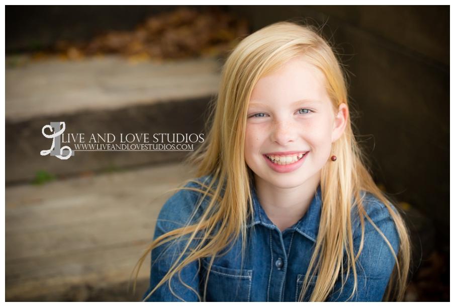St-Paul-Eagan-MN-Child-Family-Photographer-park-in-the-fall_0007.jpg