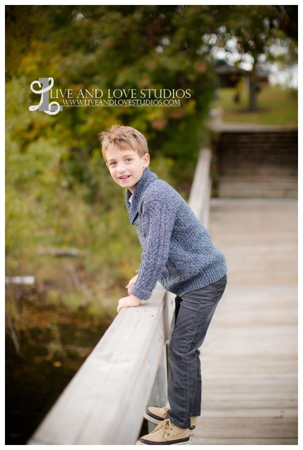 St-Paul-Eagan-MN-Child-Family-Photographer-park-in-the-fall_0008.jpg