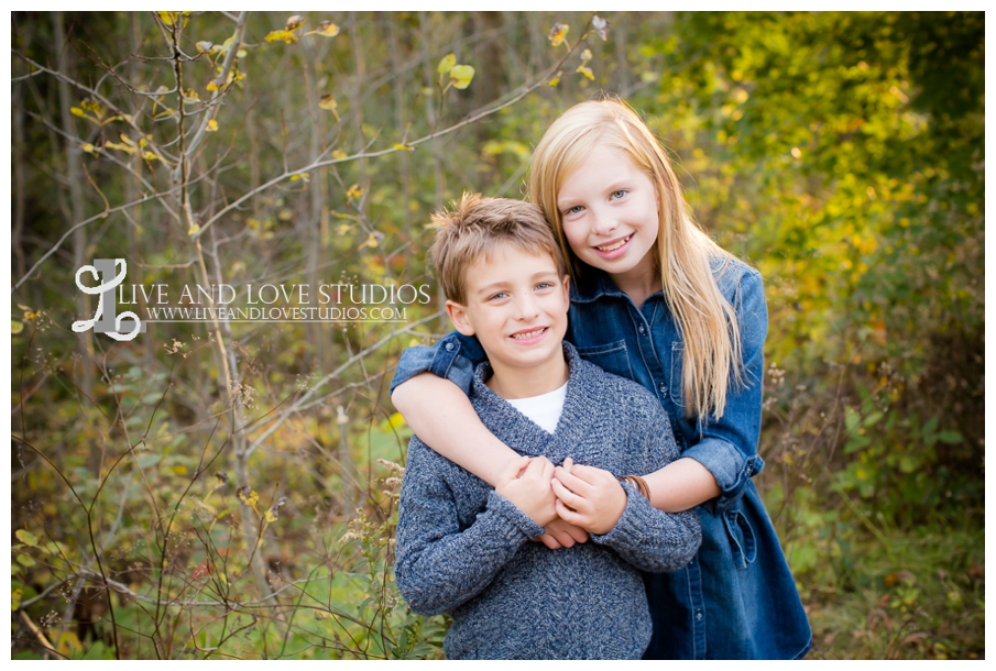 St-Paul-Eagan-MN-Child-Family-Photographer-park-in-the-fall_0011.jpg