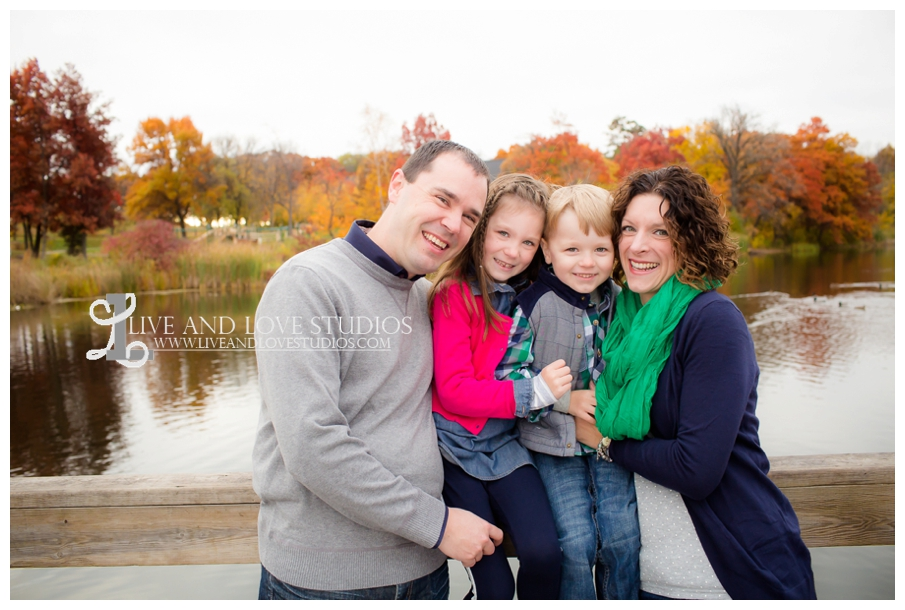 St-Paul-MN-Family-Child-Photography-fall-colors_0001.jpg