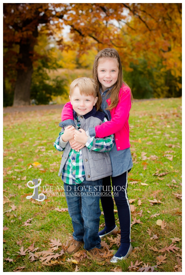St-Paul-MN-Family-Child-Photography-fall-colors_0002.jpg