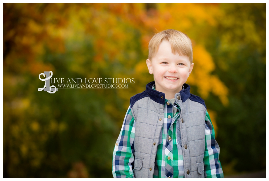 St-Paul-MN-Family-Child-Photography-fall-colors_0004.jpg