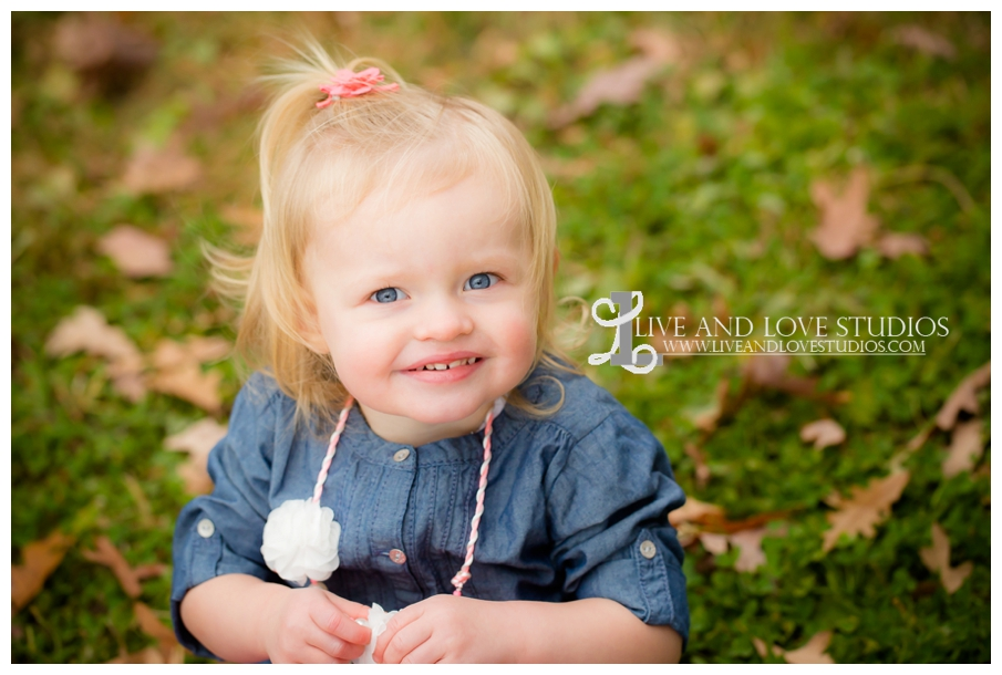 St-Paul-MN-Family-Child-Photography-fall-colors_0008.jpg