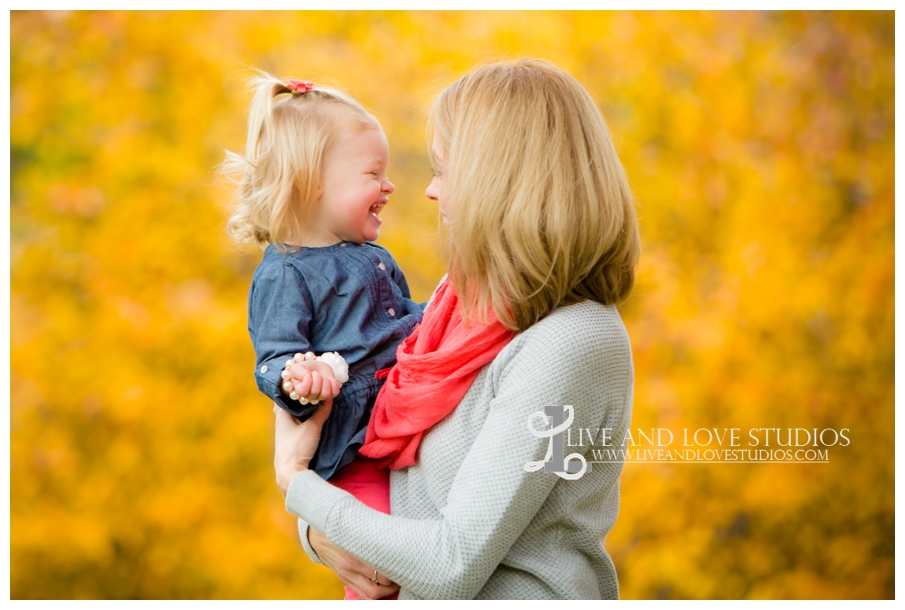 St-Paul-MN-Family-Child-Photography-fall-colors_0012.jpg