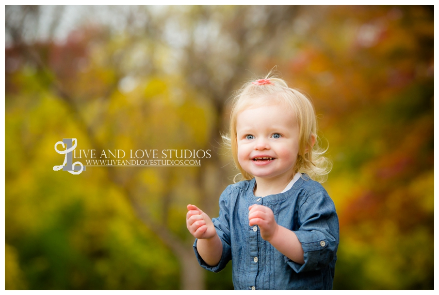 St-Paul-MN-Family-Child-Photography-fall-colors_0015.jpg