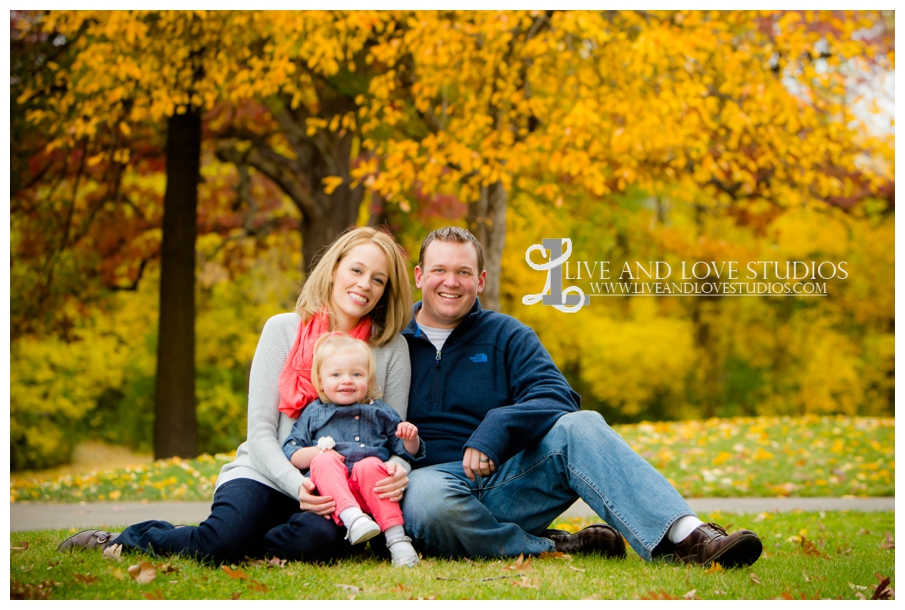 St-Paul-MN-Family-Child-Photography-fall-colors_0016.jpg