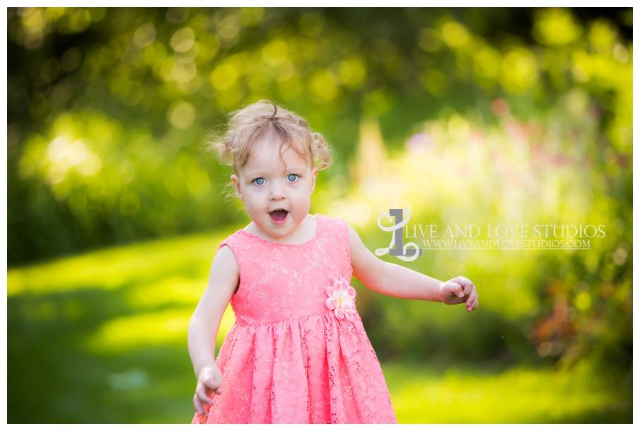 minneapolis-st-paul-mn-child-family-photography-twin-girls_0005.jpg