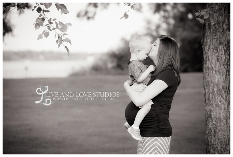 plymouth-mn-family-maternity-photographer_0005.jpg