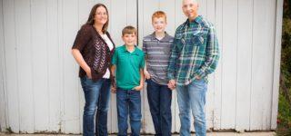 Carson and Ian :: Minnetonka MN Family Photography