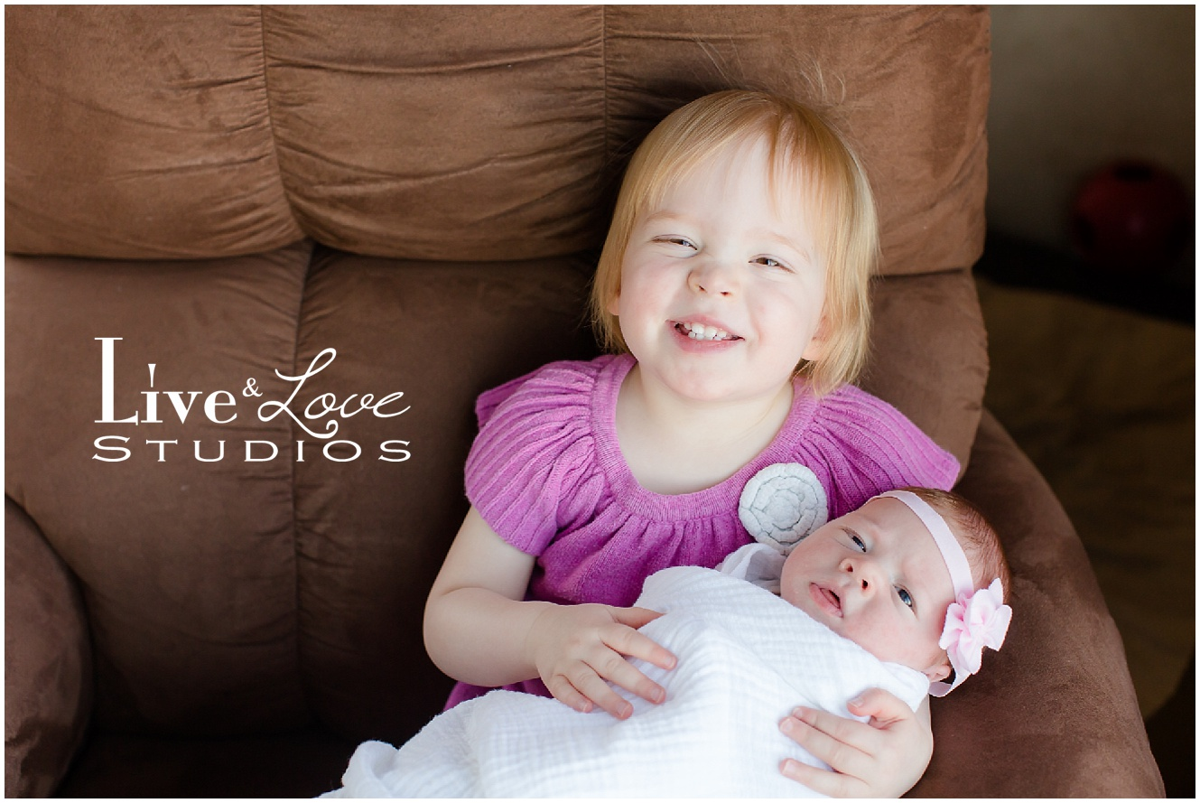 shakopee-mn-newborn-child-lifestyle-family-photographer_0020.jpg