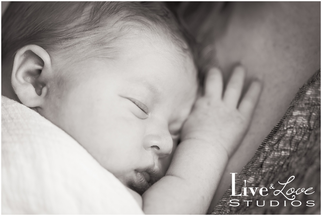 shakopee-mn-newborn-child-lifestyle-family-photographer_0028.jpg